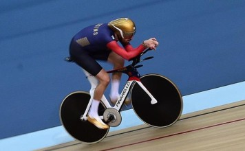 Sir Bradley Wiggins UCI Hour Record Pinarello Bolide HR