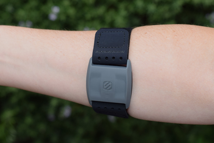Scosche-RHYTHM+ With small strap on a smaller arm