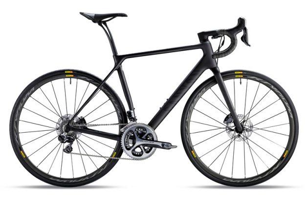 Top of the range Canyon Endurace CF SLX 9.0 SL in stealth colour